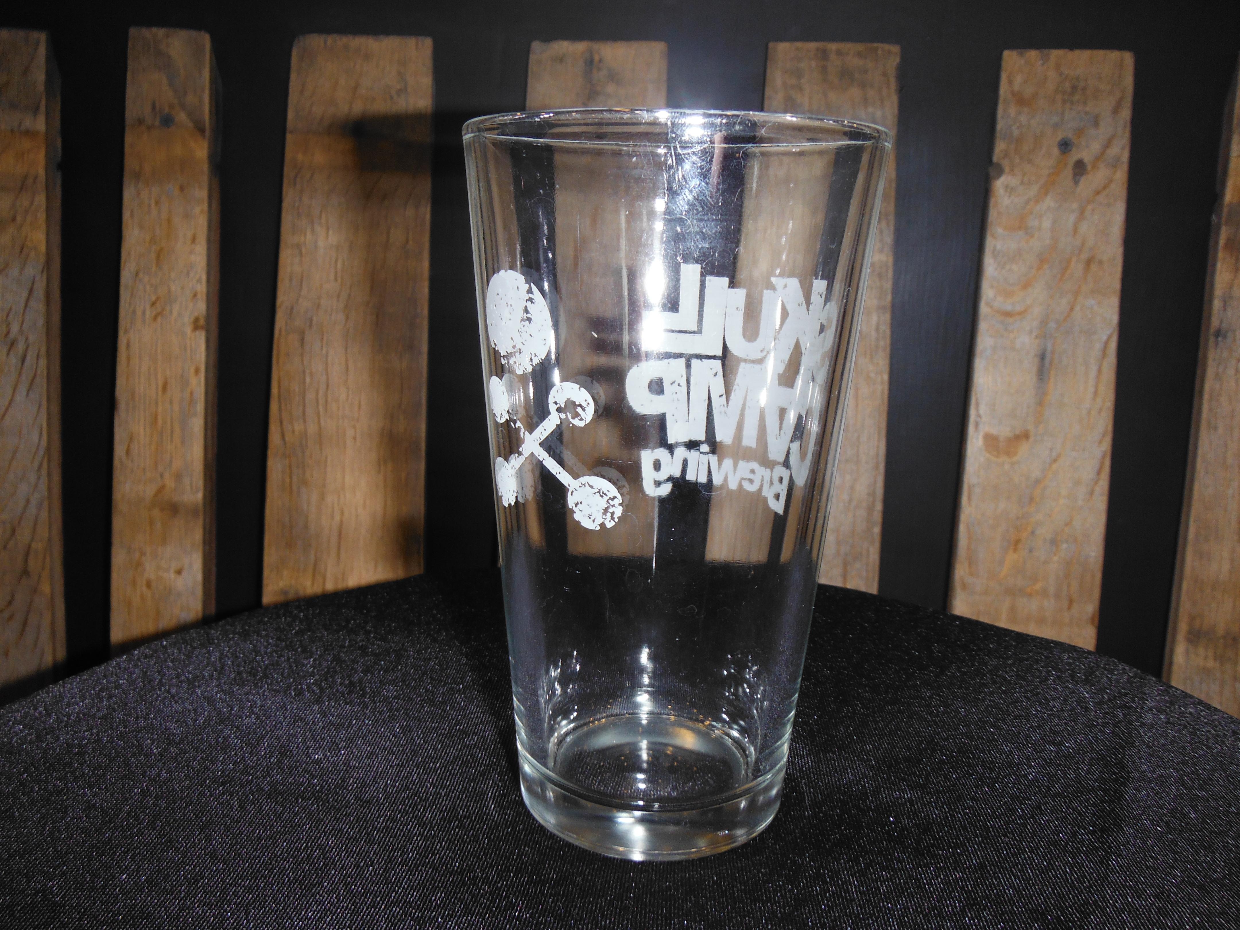 SC beer glass back